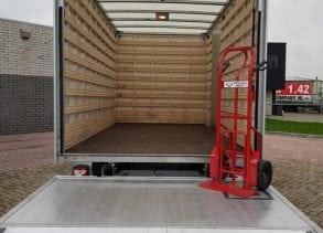 Verhuiswagen met laadklep 18M³ laadruimte